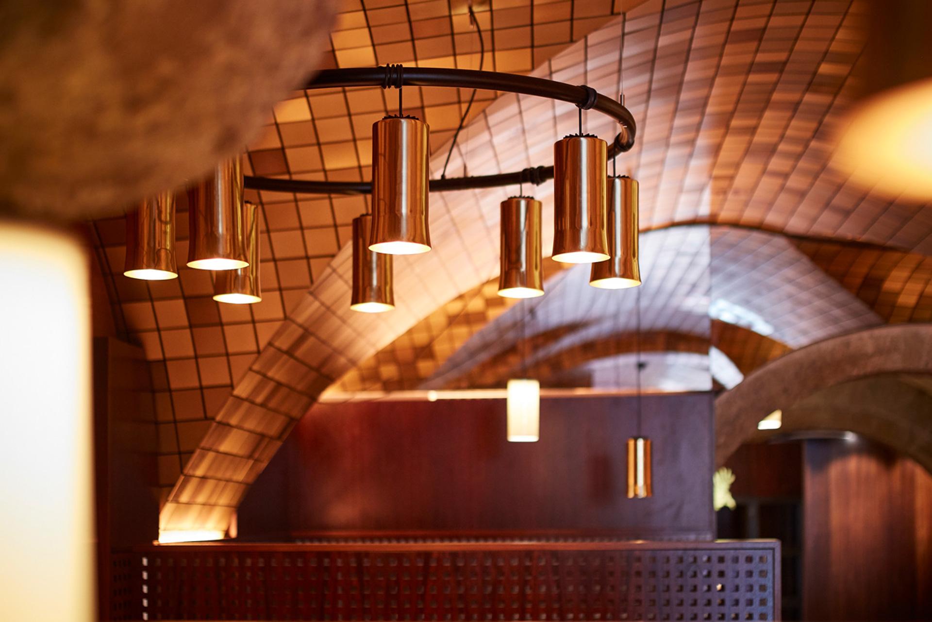 Innenausstattung des Restaurants K & K in Salzburg - von der Tischlerei Berger